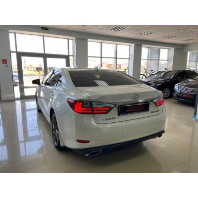 Lexus ES, 2017 белый