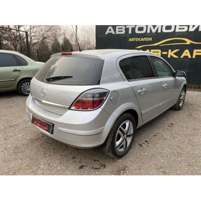 Opel Astra 2008 г.